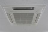 神戸で大型の業務用エアコンのハウスクリーニングはお任せ下さい。